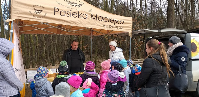 You are browsing images from the article: Wycieczka do lasu - 19.03.2019